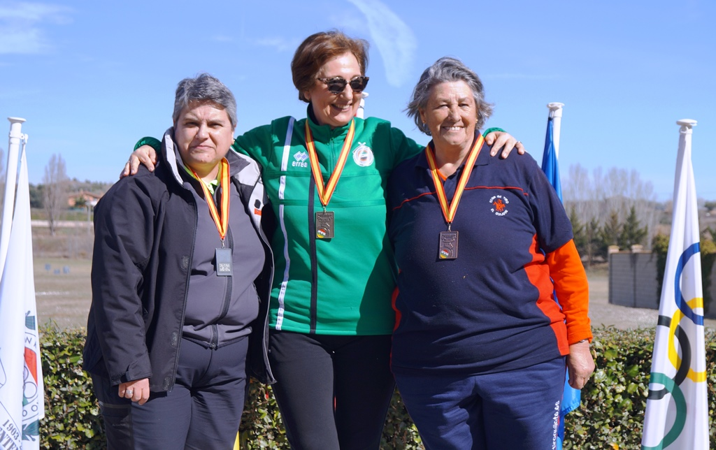 Tercera clasificada veteranas Olga Martínez
