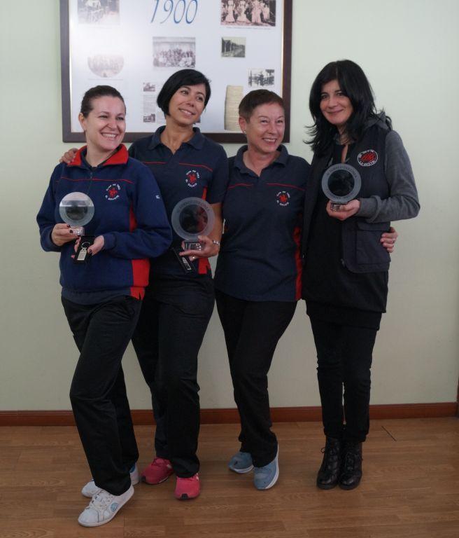 T_Dulc_Dulcineas-ganadoras-con-la-presidenta-club-Quijote